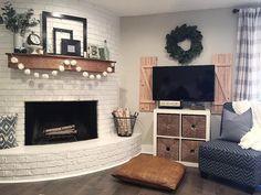 Diy, decor & entertaining in 2019 decorating камин Brick Fireplace Makeover, Fireplace Mantle, Corner Fireplaces, Simple Fireplace, Fireplace Ideas, Fireplace Design, Home Modern, Modern Decor, Diy Shutters