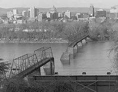 "Walnut Street Bridge.  Oldest surviving bridge over the Susquehanna. Opened by the People's Bridge Co. in 1890. ""Old Shakey,"" one of the last remaining multi-span Phoenix truss bridges, was a toll bridge until 1957."