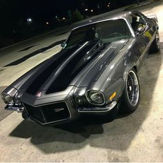 1970 Split Bumper Camaro - Cars and motor Chevy Muscle Cars, Us Cars, Chevrolet Impala, Chevy Camaro Z28, Car Wheels, American Muscle Cars, Custom Cars, Vintage Cars, Cool Cars