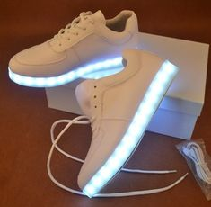 8b97101858b Fashion colorful led luminous rechargeable sneakers SE4921