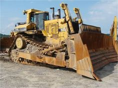 Our featured Caterpillar D11 Dozer is a 2008 D11R, Counter Weight, 30% Undercarriage, 13,155 Hrs. Since Cat Certified Rebuild, with 300 Hrs. on Cat Exchange Engine. We have a great selection of Caterpillar D11 Dozers that are ready to go to work for you! You can view them all at: http://www.rockanddirt.com/equipment-for-sale/CATERPILLAR/All%20D11/dozers-crawler-tractors