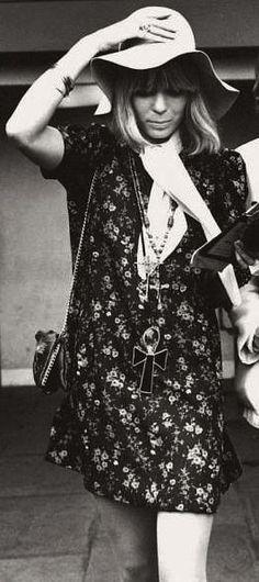 Little Sundance: The 'evil glamour' of Anita Pallenberg Anita Pallenberg, 1960s Fashion, New Fashion, Trendy Fashion, Boho Fashion, Vintage Fashion, Fashion Ideas, Seventies Fashion, Winter Hippie