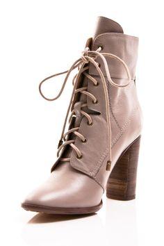 Envy Galatea Boots//