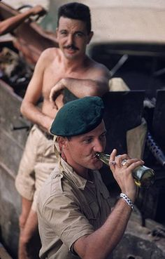Green Beret 'Alligators' of the French Foreign Legion in the former Indochina. (Photo by Ernst Haas/Ernst Haas/Getty Images) North Vietnam, Vietnam War, French Armed Forces, First Indochina War, Police, Belle France, Indochine, French Foreign Legion, French History