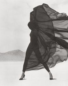 Versace, Veiled Dress, El Mirage, 1990, Herb Ritts, The J. Paul Getty Museum, Los Angeles