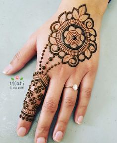 131 Simple Arabic Mehndi Designs That Will Blow Your Mind! Pretty Henna Designs, New Henna Designs, Rose Mehndi Designs, Simple Arabic Mehndi Designs, Modern Mehndi Designs, Mehndi Designs For Girls, Mehndi Design Images, Mehndi Simple, Mehndi Designs For Fingers