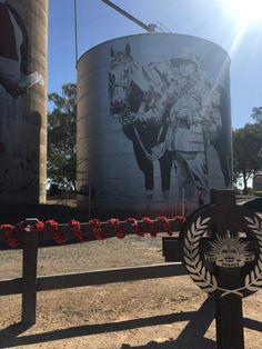 Water Tower, Water Tank, Mount Rushmore, Street Art, Australia, Mountains, Country, Nature, Travel
