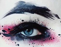 Abstract Artistic Makeup - Beautiful Eyes and Mouths by Ida Ekman Abstract artistic make-up Makeup Goals, Makeup Inspo, Makeup Inspiration, Makeup Ideas, Skin Makeup, Beauty Makeup, Makeup Salon, Make Up Looks, Crazy Makeup