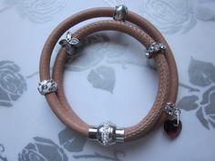 Wickelarmband aus Nappaleder in puder von Perlenfieber auf DaWanda.com