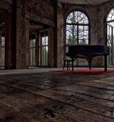 Beautifully rustic music room with wonderful windows.