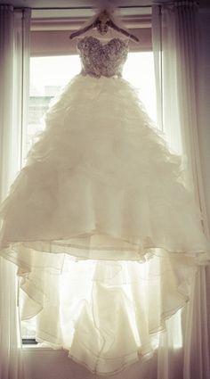 Stephen Yearick 'Princess' size 4 used wedding dress - Nearly Newlywed