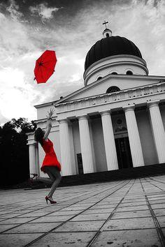 Splash of Color Contrast Photography, Splash Photography, Color Photography, Black And White Photography, Black White Red, Black And White Pictures, White Art, Red Color, Color Pop