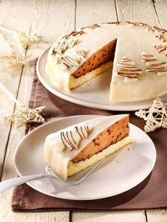 Eine festliche Torte mit Nougat, Zimt und Sahne