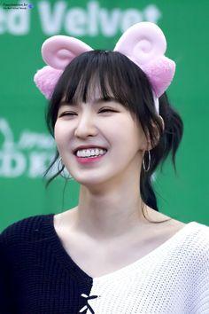 Wendy Red Velvet - Son Seungwan