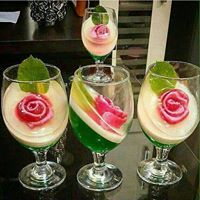 Dessert Recipes: 67 Quick Easy & Actually Delicious Dessert Recipe Ideas Your Family Friends & Guests Will Love - Everytime You Make Them! Jello Recipes, Cake Recipes, Dessert Recipes, Jelly Desserts, Köstliche Desserts, 3d Jelly Cake, Jelly Flower, Jello Cake, Chocolate Cake Recipe Easy