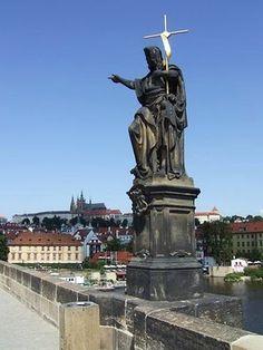 The Charles Bridge in Prague, #czechrepublic #bridge #beautifulplaces