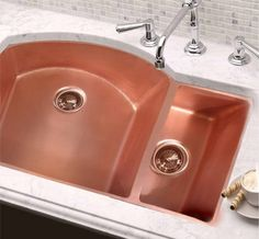 Beautiful pairings: copper and white marble |