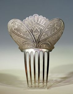 Victorian comb in sterling silver