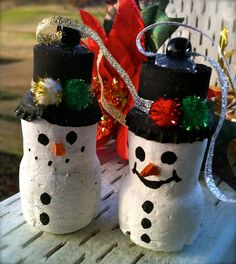 Champagne Cork Snowman ornament by griggworks on Etsy, $3.00