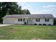 Find this home on Realtor.com    NEWER LIGHT & BRIGHT! 3 BED/2 BATH/3 CAR GARAGES/half acre/SUNROOM! $118,900!!! Call this home today!