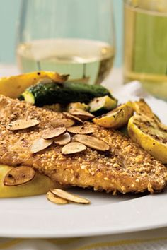 Almond-Crusted Tilapia is a simple seafood supper with just six ingredients. If you don't have a skillet large enough to hold all the fillets comfortably, we recommend cooking them in batches. You can substitute catfish, flounder, or orange roughy for tilapia.#seafood #seafoodrecipes #seafooddishes #recipes Tilapia Recipes, Seafood Recipes, Crusted Tilapia, Seafood Dishes, Catfish, Skillet, Almond, Orange, Cooking