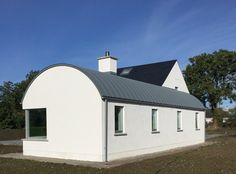 Check out here Bungalow Homes Renovation Cottage Extension, House Extension Design, House Designs Ireland, Modern Bungalow Exterior, Quonset Hut Homes, Farmhouse Renovation, Bungalow Homes, Concrete Houses, Roof Architecture