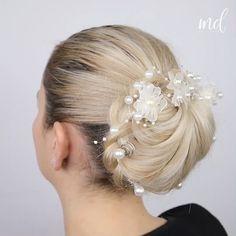 Easy Updo Hairstyles, Updos, Hair Tips, Hair Hacks, Braided Engagement Rings, Alan Walker, Elegant Updo, Makeup Videos, Blonde Hair