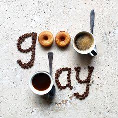 Flat Lay Photography, Coffee Photography, Photography Ideas, Coffee And Donuts, Coffee Coffee, Tableware, Creative, Books, Kaffee