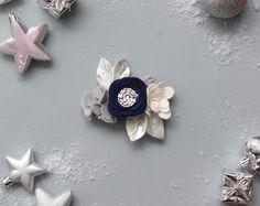 Holiday 2018 || Holiday Navy and Silver Crown Holiday Style, Holiday Fashion, Holiday Photos, Felt Flowers, Stud Earrings, Crown, Navy, Silver, Handmade