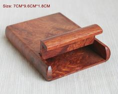 Material: Rosewood/Bubinga - Color: Figured Burl - Size: as description in photo  (Handcrafts have slight size deviation)  This is a very decent and practical Rosewood cigarettes box. It comes with beautiful burl figured wood textures and a natural wood Aroma! You can load about 7 cigarettes in it.  SPECIAL NOTE: IF YOU WANT TO CHOOSE A SPECIFIC FIGURED PATTERN, PLEASE CONVER ME THE STYLE NUMBER IN THE 4TH PHOTO TO CHECK IF IT IS IN STOCK. OR I WILL RANDOMLY DELIVER THE CASE. Features of…