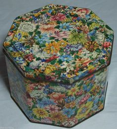 "SUPER RARE HUNTLEY & PALMERS VINTAGE BISCUIT TIN ""ROSALIE"" C1965 FLOWERS chintz"