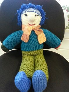 Pedro from left over yarns.