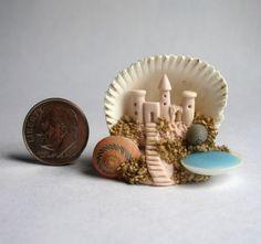 Handmade-Miniature-SAND-CASTLE-COVE-SEASHELL-HIDEAWAY-OOAK-by-C-Rohal