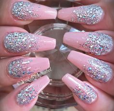 Pink glitter nails via instagram @Nails_by_annabel_m