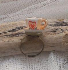 Unique tea cup ring