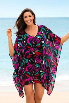 Mode Grande Taille Femme - Sara Poncho Cover-Up - EziBuy France - Poncho Outfit Plus Size Womens Clothing, Plus Size Outfits, Plus Size Fashion, Clothes For Women, Plus Size Bikini Bottoms, Women's Plus Size Swimwear, Poncho Outfit, Dress With Cardigan, Bathing Suit Dress