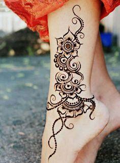 Fancy Simple Henna Mehndi Designs