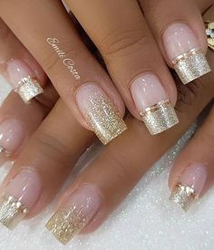 100 Amazing nail art ideas That Are Very Easy To Do Amazing golden and light pink nail art Source by techettekd Light Pink Nails, Pink Nail Art, Toe Nail Art, Toe Nails, Fabulous Nails, Gorgeous Nails, Pretty Nails, Short Nail Designs, Nail Art Designs
