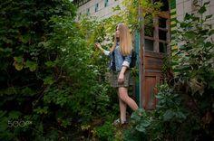 Lana - Journey to an abandoned station Lana, Abandoned, Journey, People, People Illustration, Folk
