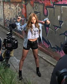 Denim Jacket with Fishnet Stockings and Black Short Fashion of Girls Day Hyeri Lee Hyeri, Girl's Day Hyeri, Black Shorts Fashion, Pop Fashion, Fashion Drug, Swag Outfits, Dope Outfits, Concert Outfits, South Korean Girls
