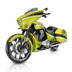 2015 Victory Magnum. Love the colour!