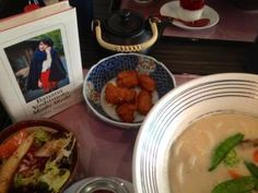 Banana_Yoshimoto_Moshi_Moshi Banana, Ethnic Recipes, Food, Peace, Eten, Bananas, Fanny Pack, Meals, Diet
