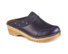 Love this new color! The DURER in DARK BLUE AND BLUE SUEDE