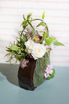 Blog of Mayesh Wholesale Florist - Francoise Weeks Workshop: Floral Purses / Photography: Wheeland Photo / Design: Floral Occassions