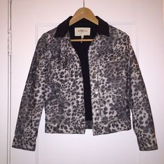 Isabel Marant Etoile Jacket Isabel Marant Etoile leopard print jacket. The material is corduroy and the collar is leather. Size 1. It doesn't have tags, but it has never been worn. Isabel Marant Jackets & Coats
