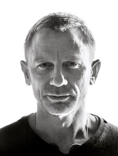 Daniel Craig - English actor, best known for playing British secret agent James Bond since 2006 - photo by Andy Gotts, 2014 Andy Gotts, Daniel Graig, Daniel Craig James Bond, Craig David, James Bond Style, Z Cam, Rachel Weisz, Black And White Portraits, Celebrity Dads