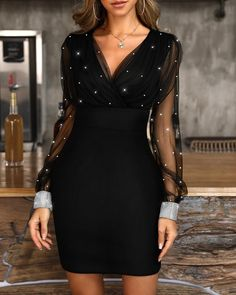 Glitter Mesh V-Neck Party Dress - - Style:Sexy Pattern Type:Glitter/Patchwork Material:Polyester Neckline:V-Neck Sleeve Style:Long Sleeve Length:Mini Occasion:Party Package Dress Note: There might be difference accordi… Source by Club Dresses, Short Dresses, Dresses Dresses, Mini Dresses, Summer Dresses, Dress Long, Formal Dresses, Dresses To Wear To A Wedding, Dress Vestidos