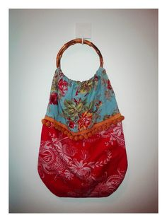 Hand bag with bamboo handles. Bossa amb nanses de bambú. Marieta. #diy #sewing #handbag #ifilgood @IFil Good