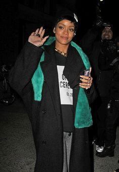Rihanna - Rihanna Leaving A Photo Shoot In NYC
