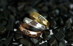Gentileschi #LeBronzerie Fedi sfaccettate in bronzo bianco, rosa e giallo e diamanti champagne